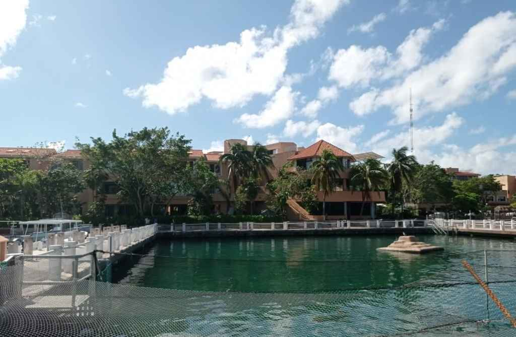 Condo for rent on sea coast in Puerto Aventuras