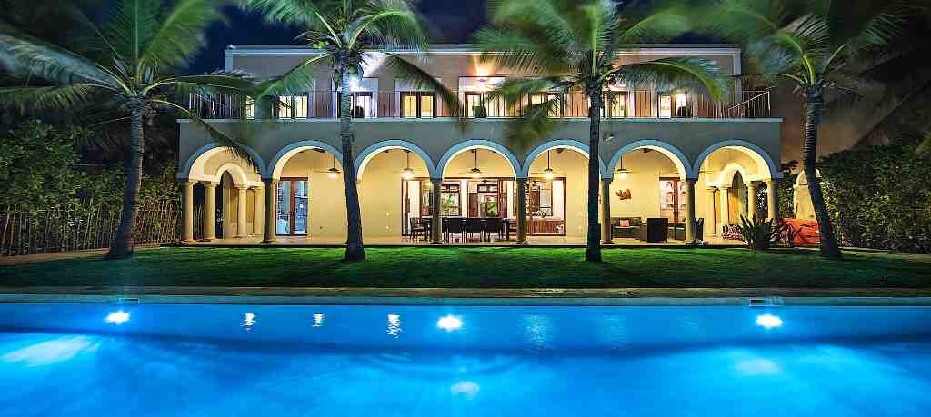 Luxury villa Hacienda del Mar for rent in Puerto Aventuras