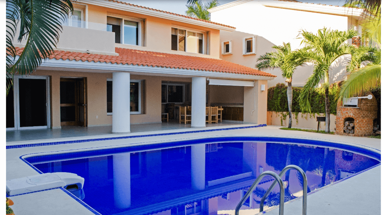 Exclusive Villa Casa Marina for rent in Puerto Aventuras