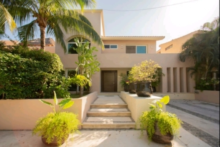 Spacious 3-bedroom villa XAAK for sale in Puerto Aventuras