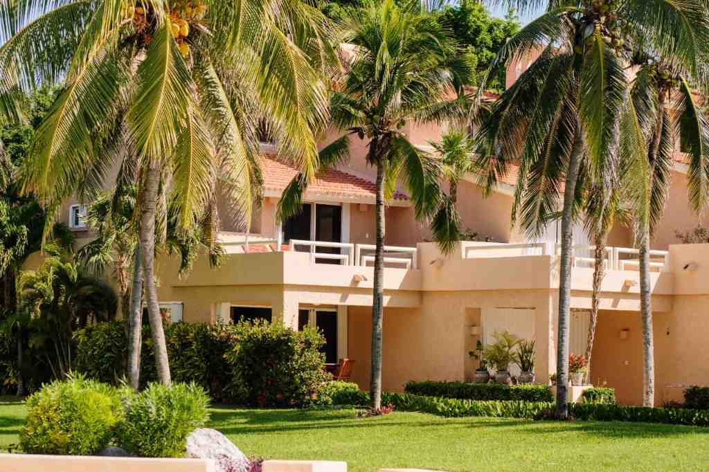 Luxury villa for sale in Puerto Aventuras
