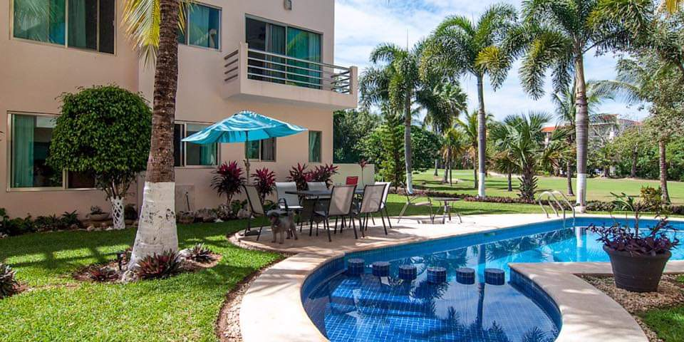 Cozy 2-bedroom condo for sale in Puerto Aventuras