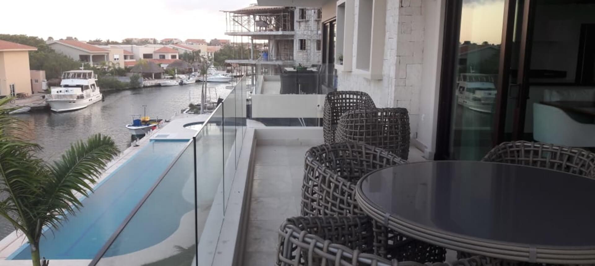 Condos for sale on lagoon coast in Puerto Aventuras