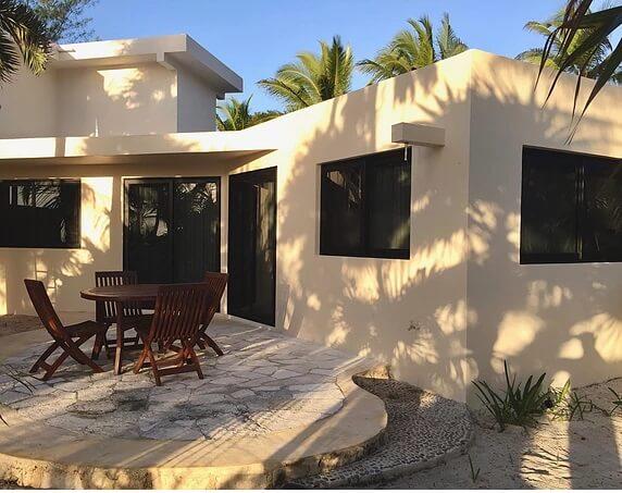 Villa Casa Cenzotle en renta en la playa en Tulum