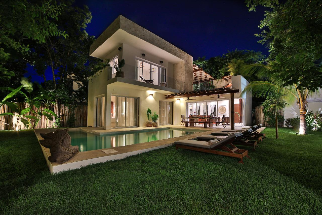 Luxury villa Chac Bolay for sale in Tulum